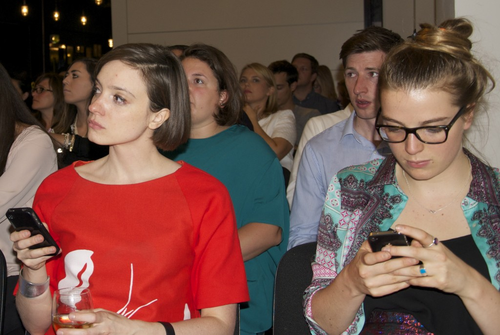 Decoded-Fashion-Meetup-Retail-Mobile2